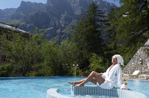 На фото: Водные процедуры в Hotel Le Sources des Alpes, Швейцария