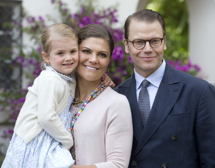 Эстель, принцесса Виктория и принц Даниэль