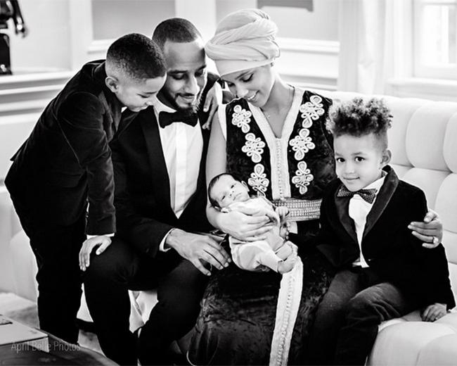 Алиша Кис с семьей