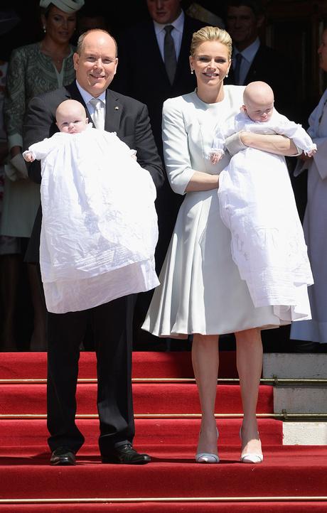 Князь и княгиня Монако с детьми