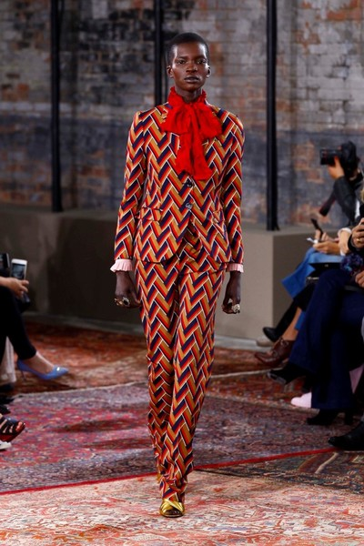Дом Gucci представил новую круизную коллекцию 2016 | галерея [2] фото [44]
