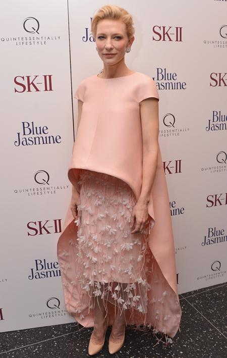 Кейт Бланшетт в Balenciaga