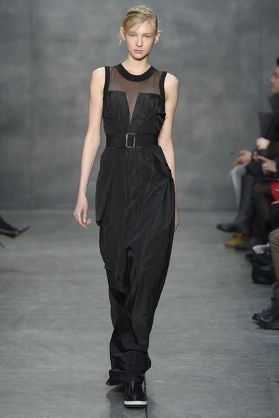 Самые роскошные вечерние платья Недели моды в Нью-Йорке | галерея [4] фото [4]