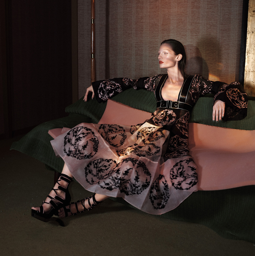 Одежда от Alexander McQueen