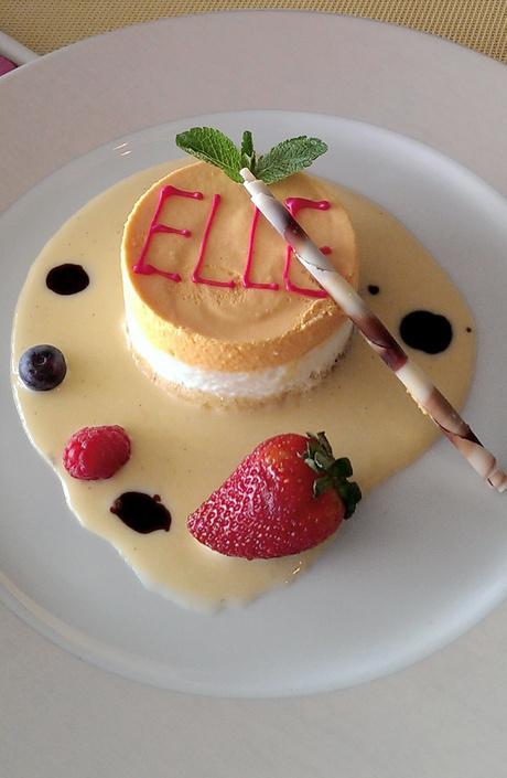 В питерском ресторане Sunday появился ELLE-десерт