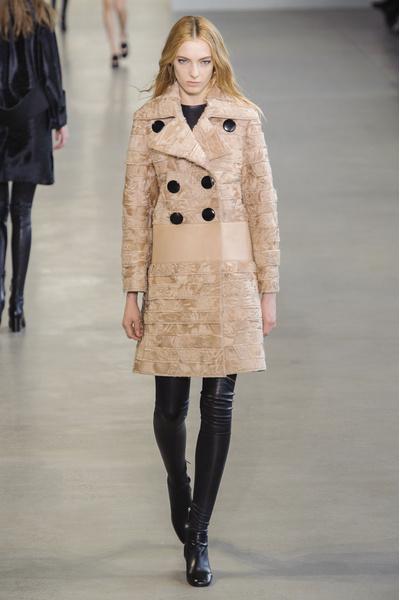 Показ Calvin Klein на Неделе моды в Нью-Йорке | галерея [1] фото [35]