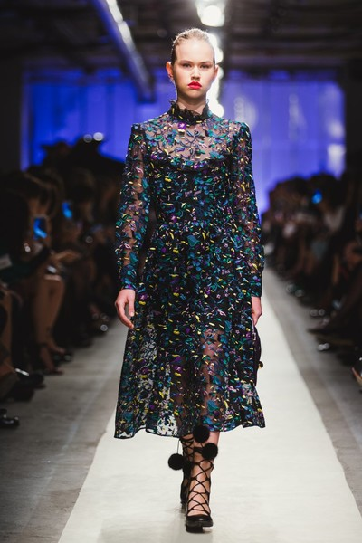 К зиме готовы: модный показ в ЦУМе | галерея [1] фото [20]