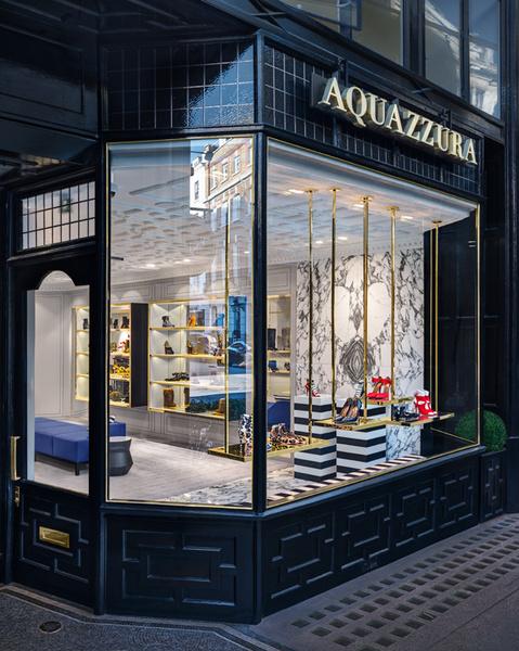 В Лондоне открылся первый флагманский магазин Aquazzura | галерея [1] фото [9]