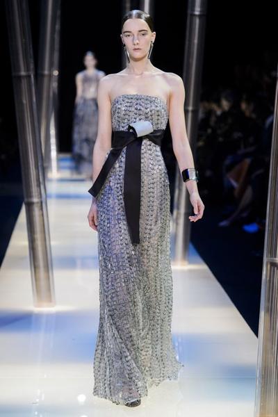 На Неделе высокой моды в Париже прошел юбилейный показ Giorgio Armani Prive | галерея [2] фото [13]