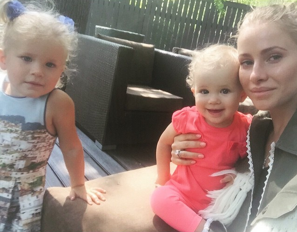Тата Бондарчук с дочерьми