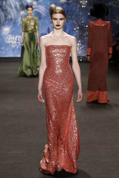 Самые роскошные вечерние платья Недели моды в Нью-Йорке | галерея [3] фото [13]