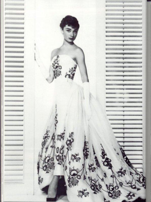 платья живанши фото