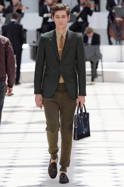 Показ Burberry Prorsum на Неделе мужской моды в Лондоне | галерея [2] фото [5]
