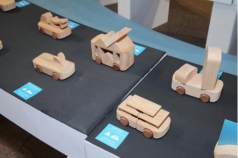 Знаменитые деревянные машинки TobeUs в Москве | галерея [1] фото [8]