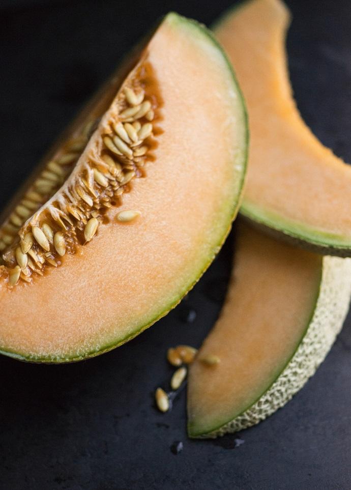 Полезные свойства дыни с рецептами