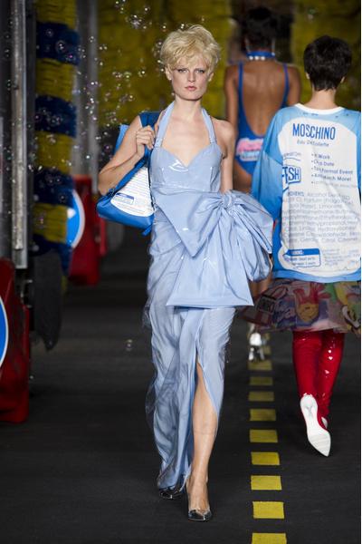 50 лучших платьев Недели моды в Милане | галерея [1] фото [9]