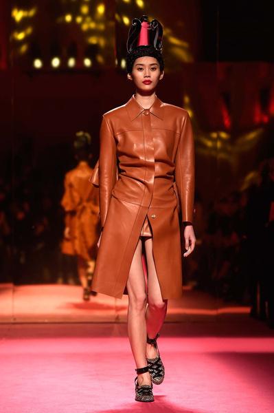 Показ Schiaparelli Haute Couture | галерея [1] фото [12]