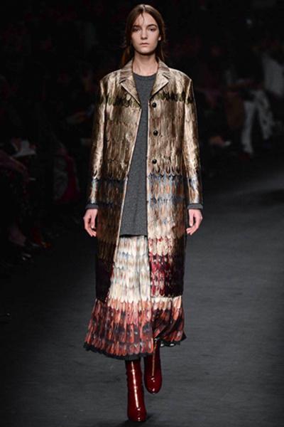 Неделя моды в Париже: показ Valentino ready-to-wear осень — зима 2015-2016 | галерея [1] фото [35]