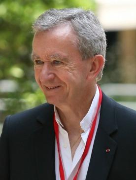 Бернар Арно получил рыцарский орден от принца Чарльза