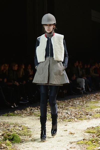 Неделя моды в Париже: показ Moncler Gamme Rouge осень-зима 2015/16 | галерея [1] фото [1]