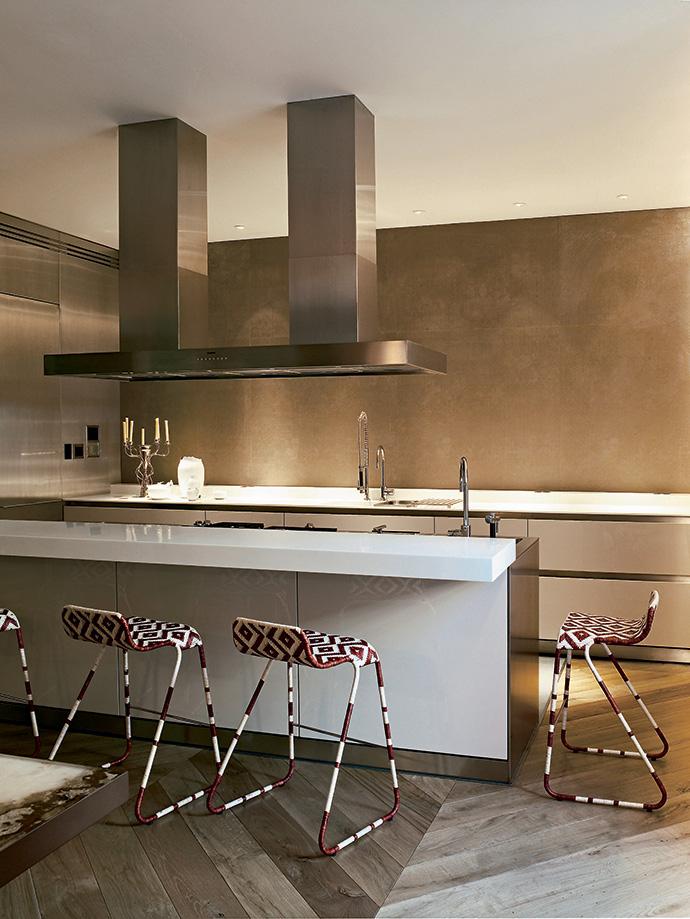 Строгая кухня от Bulthaup