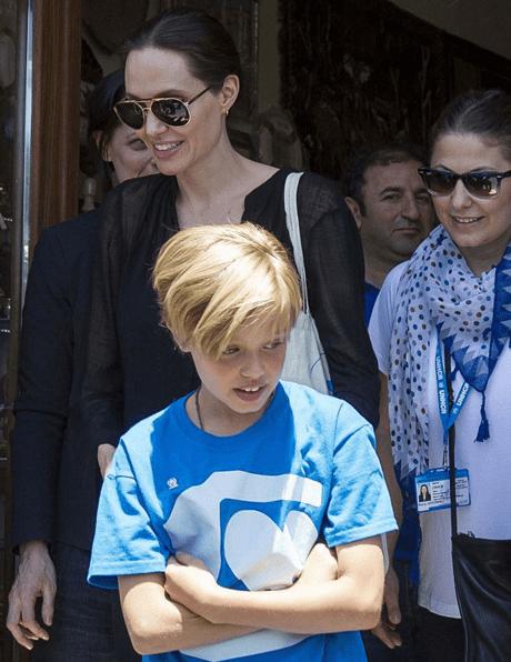 Няни рассказали о том, как Анджелина Джоли и Брэд Питт воспитывают детей