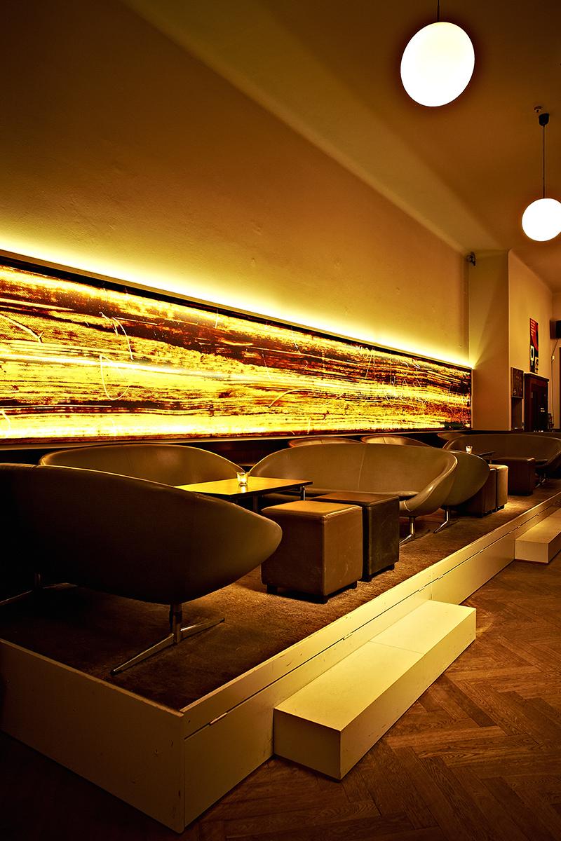 Goldene bar