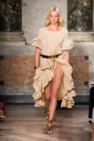50 лучших платьев Недели моды в Милане | галерея [1] фото [24]