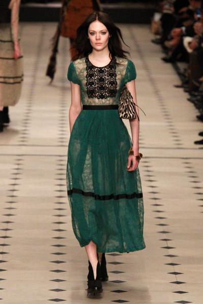 Показ Burberry Prorsum на Неделе моды в Лондоне | галерея [1] фото [1]