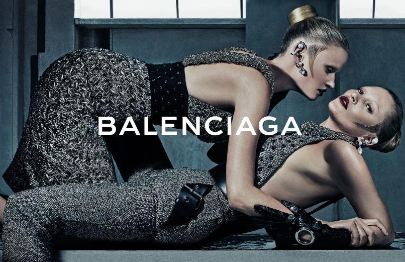 Лара Стоун и Кейт Мосс для Balenciaga: фото 2015