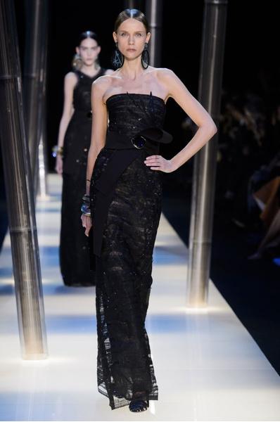 На Неделе высокой моды в Париже прошел юбилейный показ Giorgio Armani Prive | галерея [2] фото [22]