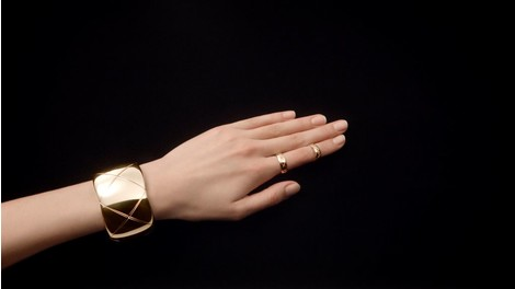 Chanel представили новую ювелирную коллекцию Coco Crush | галерея [1] фото [8]