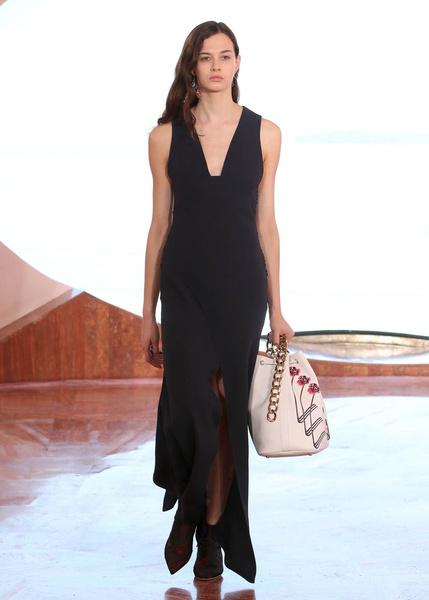 Показ круизной коллекции Dior в Каннах | галерея [1] фото [14]