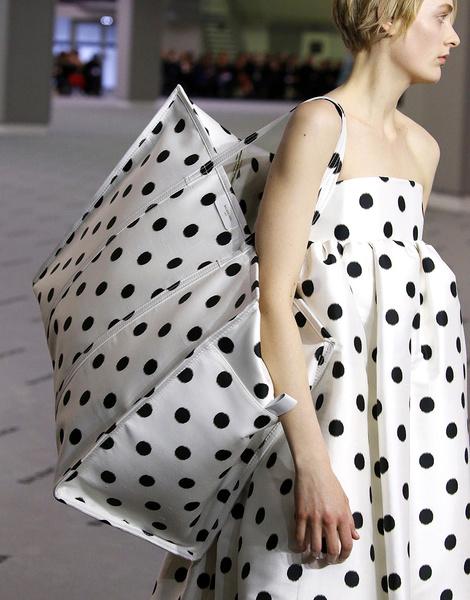 Итоги Недель моды: лучшие сумки | галерея [8] фото [3]