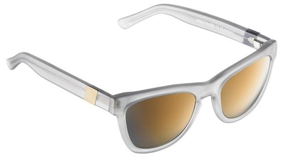 Солнцезащитные очки с зеркальными стеклами