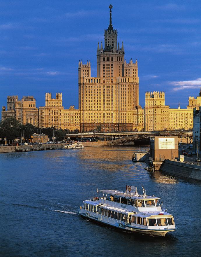 На волне: самые популярные речные прогулки по Москве