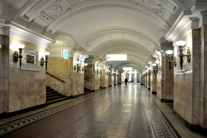 """Станция """"Октябрьская"""" кольцевая."""
