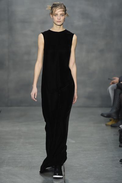 Самые роскошные вечерние платья Недели моды в Нью-Йорке | галерея [4] фото [2]