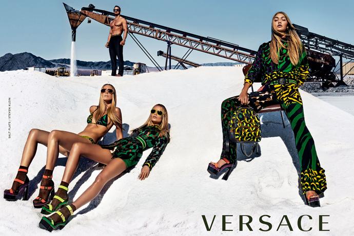 Супермодели в новой рекламной кампании Versace