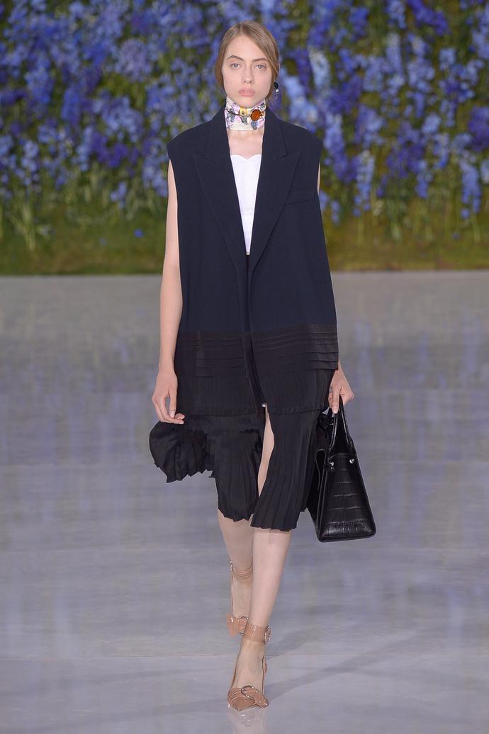 Нежный возраст: весенне-летняя коллекция Dior