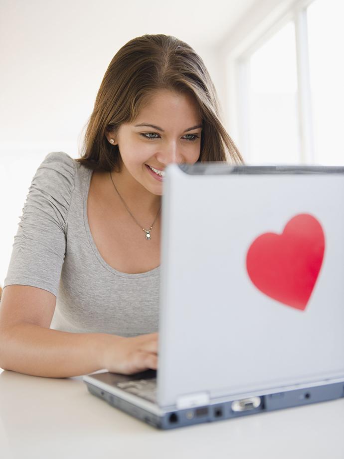 Интернет-знакомства: за и против