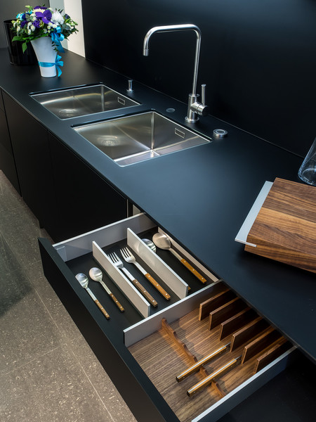 Poggenpohl совместно с Porsche Design Studio выпустили новую кухню | галерея [1] фото [8]