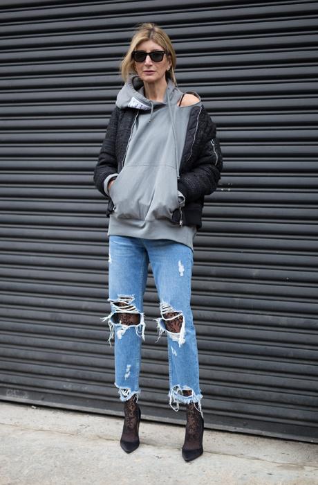Колготки в сетку под джинсы