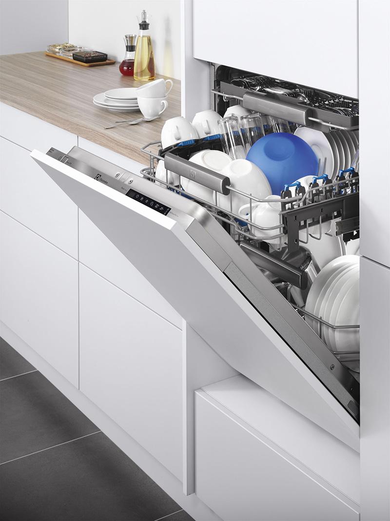 Посудомоечная машина RealLife