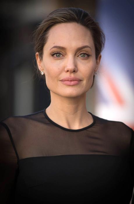 Анджелина Джоли впервые за долгое время появилась на публике