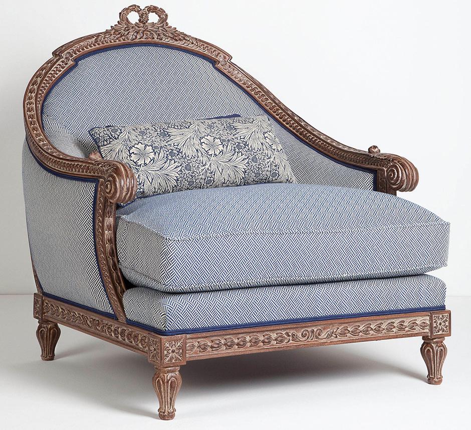 Кресло по эскизам XVIII века, Chelini, салоны Interior Market, «Трио».