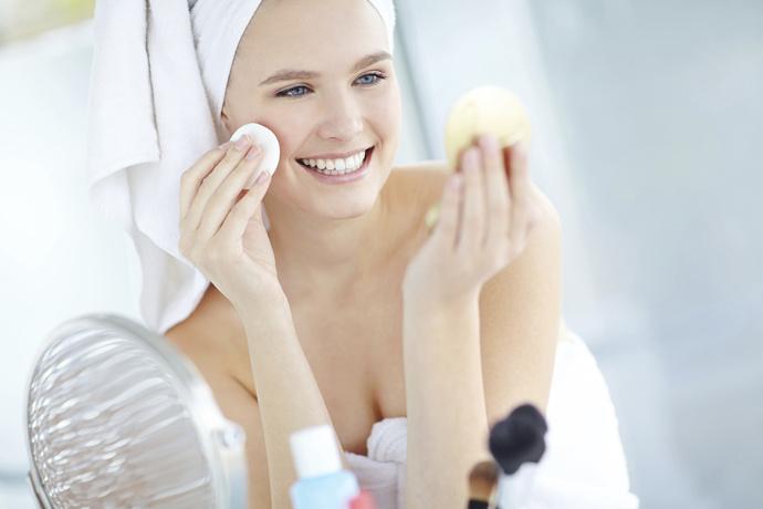 10 советов: как избавиться от черных точек на лице