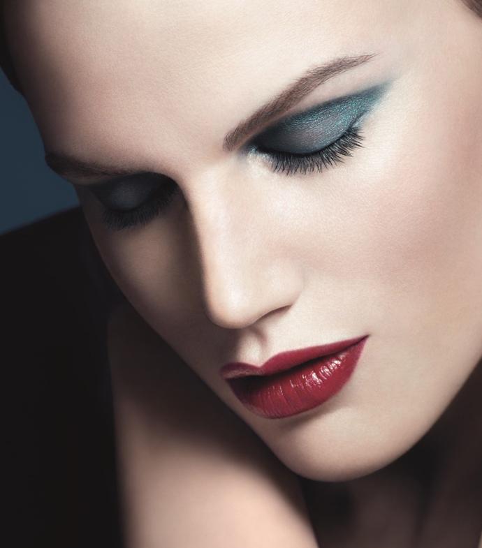 Giorgio Armani представил осеннюю коллекцию макияжа Kaleidoscope