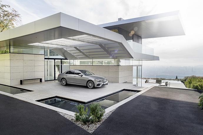 Новый седан Е-Класса от Mercedes-Benz 1