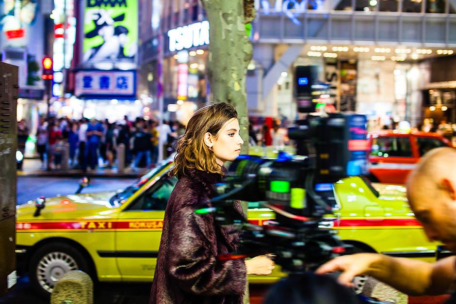 Лицо Mango, актриса Альма Ходоровски, делится секретами стиля